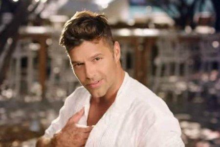 Ricky Martin - Vente Pa' Ca ft. Maluma