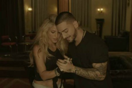 Shakira - Chantaje ft. Maluma
